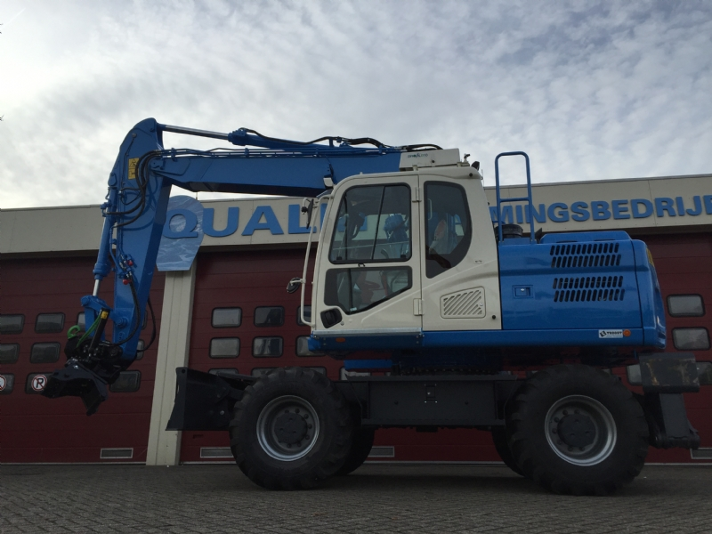 Doosan DX170W-5 met Steelwrist voor Qualm