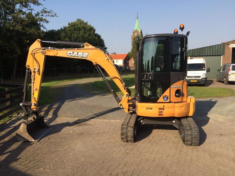 Nieuwe Case minigraver voor Wim van Merode