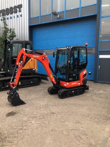 Nieuwe machines voor J&E infra