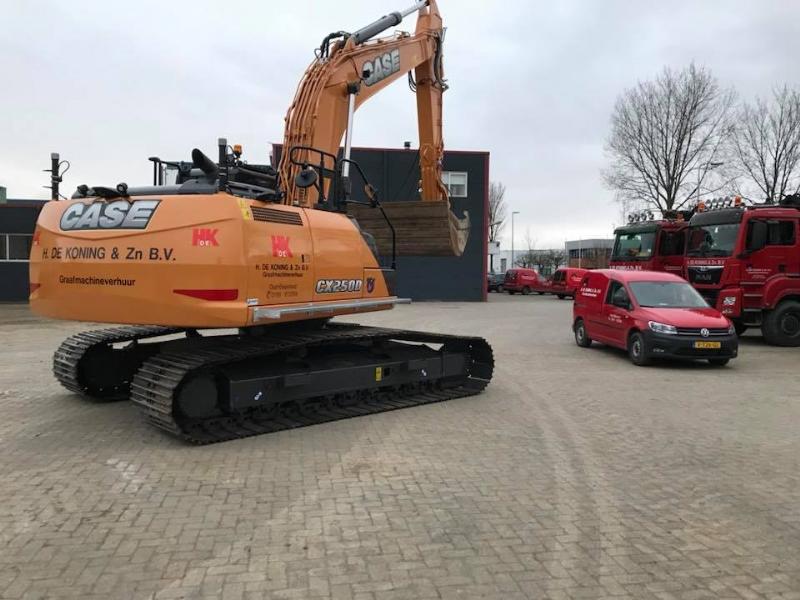 Nieuwe Case CX250D voor H. de Koning & Zn