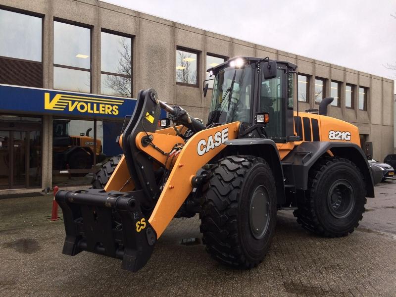 3 Nieuwe Case 821G Wielladers voor Vollers Holland B.V.