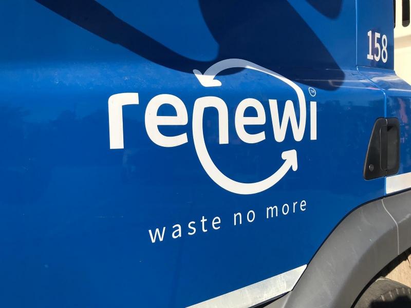 2 Nieuwe Case Machines voor Renewi Klok Rotterdam